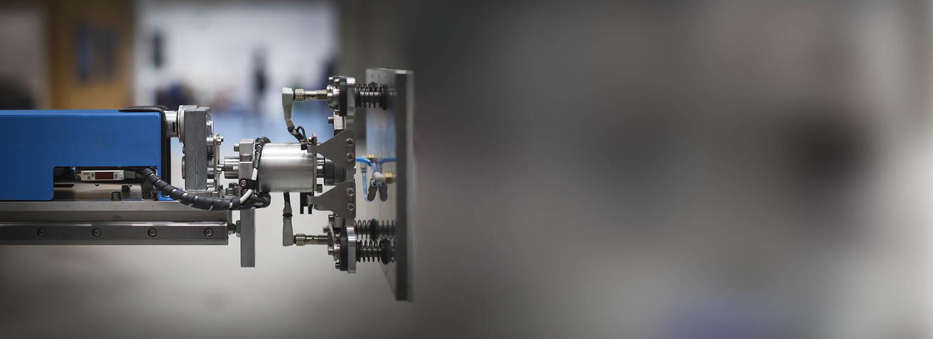 Equipo de etiquetado automático - Detalle de pistón
