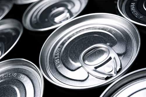 Etiquetado de packs de latas